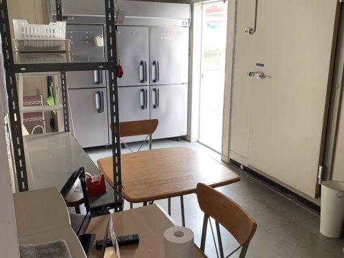 裏の事務所スペース