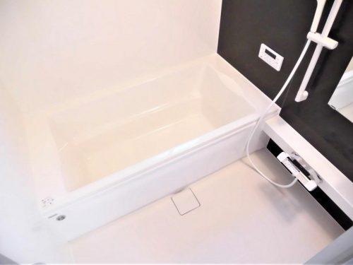 【同仕様写真】浴室はハウステック製の新品のユニットバスに交換します。(風呂)